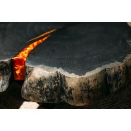 Oranžový metalický prášek v epoxidové pryskyřici